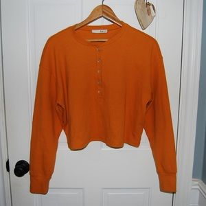 Aritzia Wilfred Free Cropped Long Sleeve Sweater